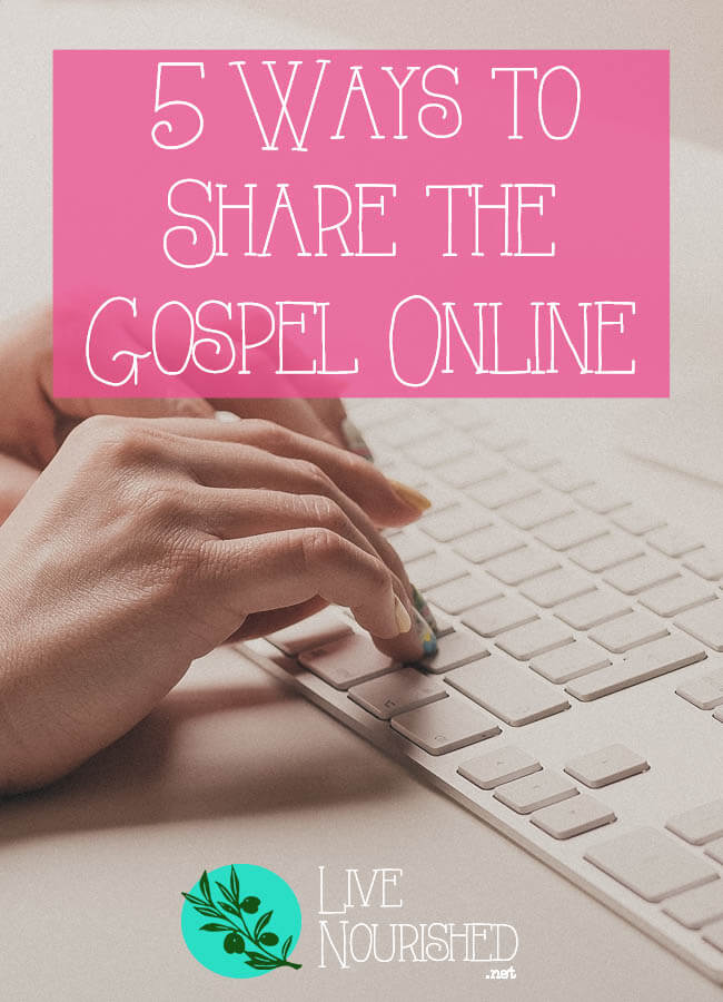 Spend a lot of time online? Want to be more of a witness to others? Here are 5 easy and respectful ways you can share the good news about Jesus, right from your computer!